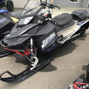 2011 Summit 800R (Black with Blue Accent)