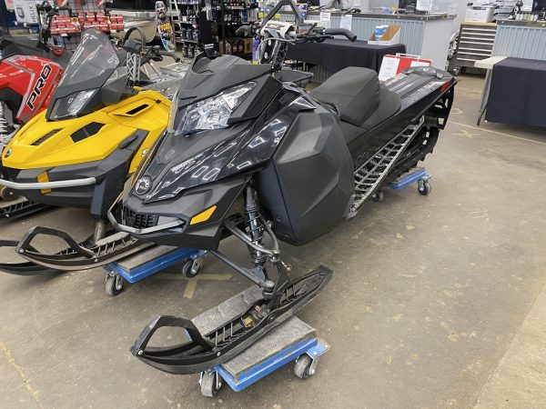 2014 Ski-Doo Summit 800R etec