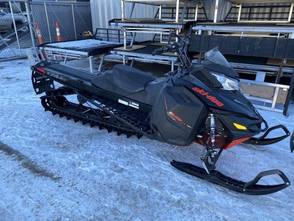 2016 Ski-Doo Summit SP 800R Etec